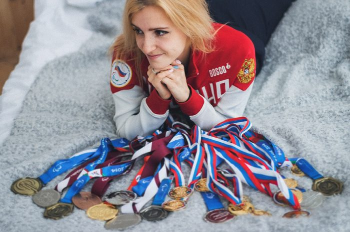 Анна Сапожникова, мастер спорта международного класса, участник Паралимпийских игр в Токио, путь спортсменки к Играм и график выступления, гордимся и ждем побед.