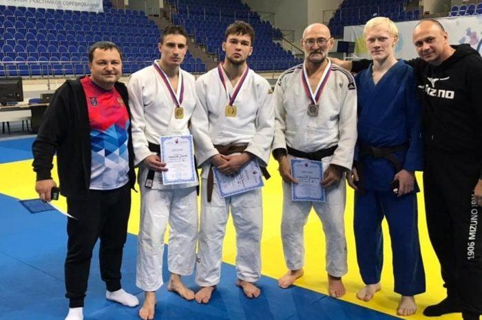 Дзюдоисты Челябинской области выиграли две золотые медали на Кубке России среди слабовидящих